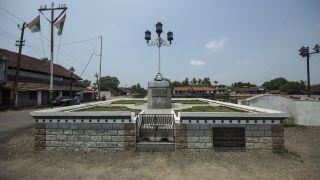 Anchuvilakku at Changanassery