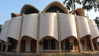 क्राइस्ट चर्च, इरिंजालक्कुडा