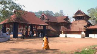 कोडुंगल्लूर भगवती मंदिर