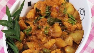 Potato Koottu Curry