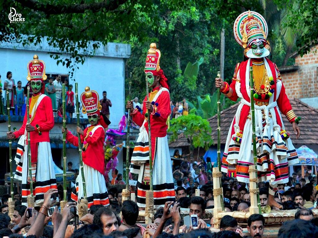 കട്ടക്കമ്പാല് പൂരം