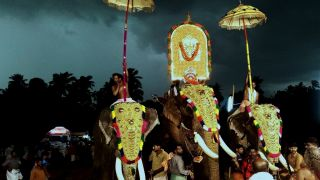 Kalampattu and Thalappoli festival