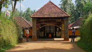 Vettakkorumakan Temple Pattu Utsavam