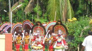 Poothanum Thirayum, Thiruvilwamala Parakkottu Kavu Devi Temple